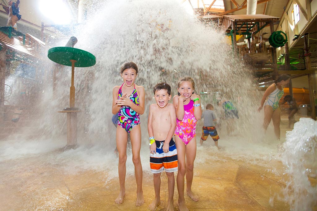 things to do at great wolf lodge williamsburg, things to do at great wolf lodge, williamsburg va great wolf lodge attractions, family activities at great wolf lodge