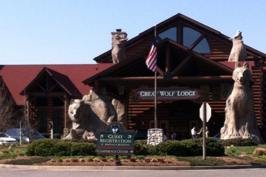 Stay and Play at Great Wolf Lodge Williamsburg