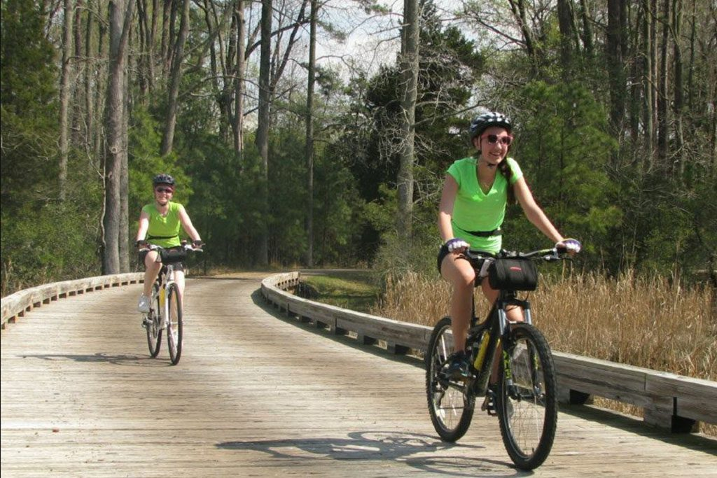 Bike trails near Williamsburg