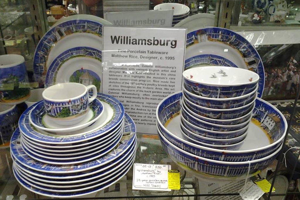 Antique-shopping-Williamsburg-Antique-Mall