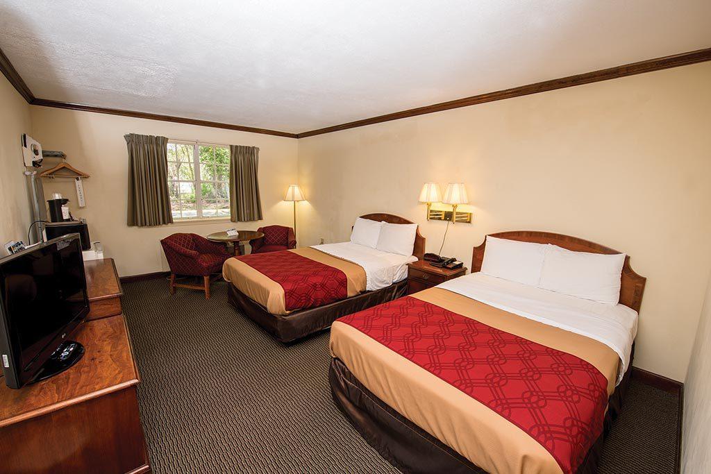 Colonial-Williamsburg-cheap-hotels-Econo-Lodge