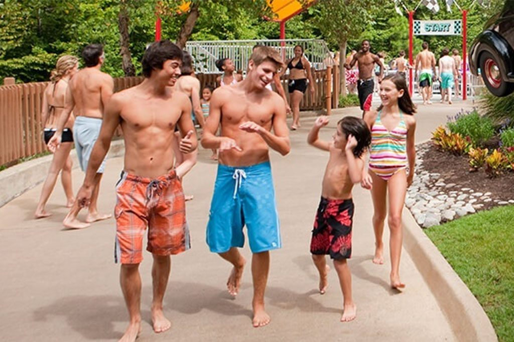 Water Country USA family tips